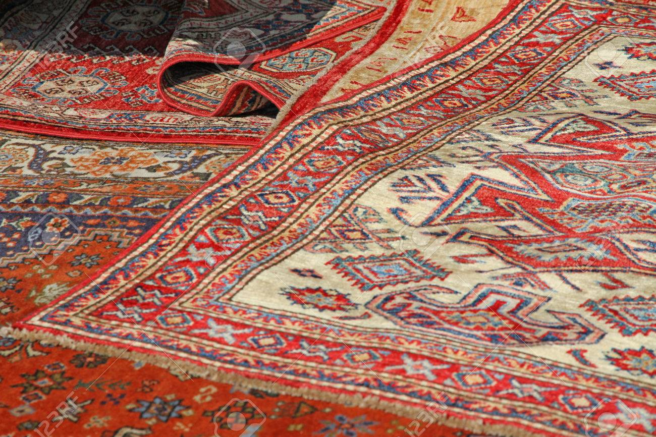 Colorful And Beautiful Oriental Rugs In Pure Wool Available In