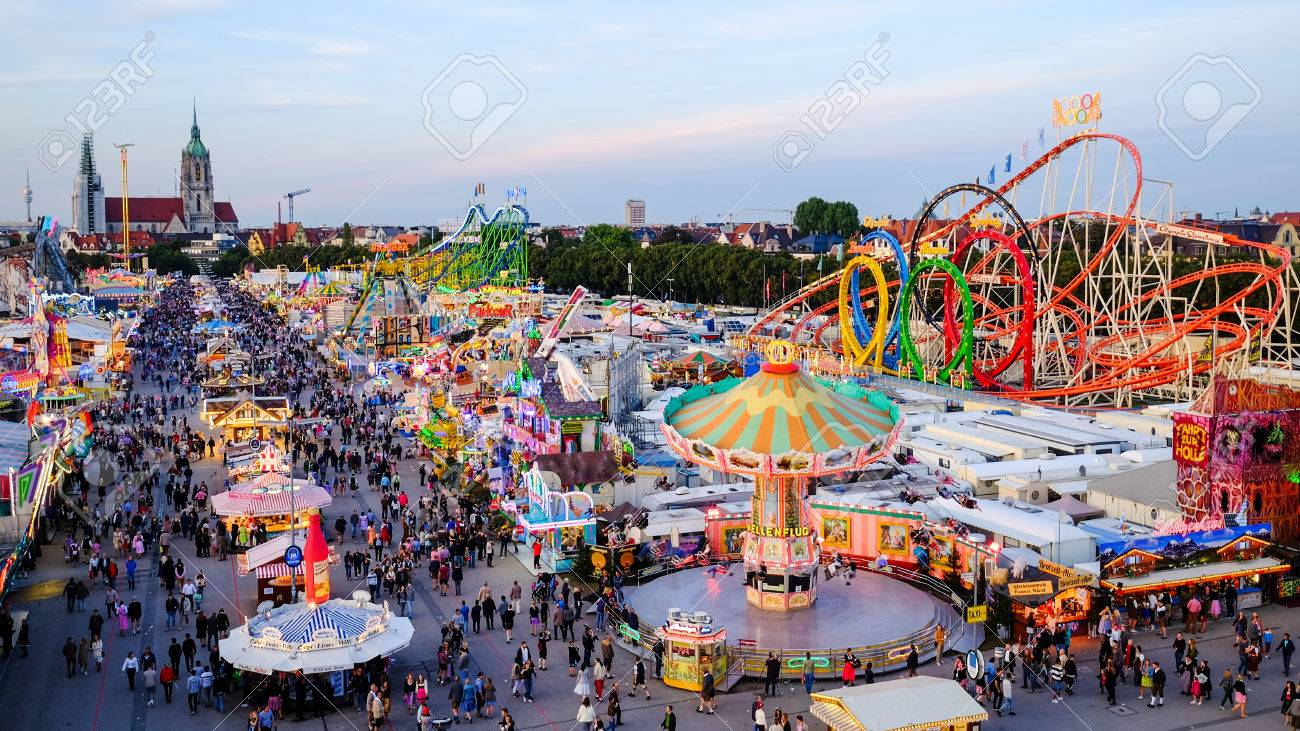 MUNICH  GERMANY   SEPTEMBER 22   People At The Oktoberfest     Stock     MUNICH  GERMANY   SEPTEMBER 22   People at the Oktoberfest   the world  greatest fair