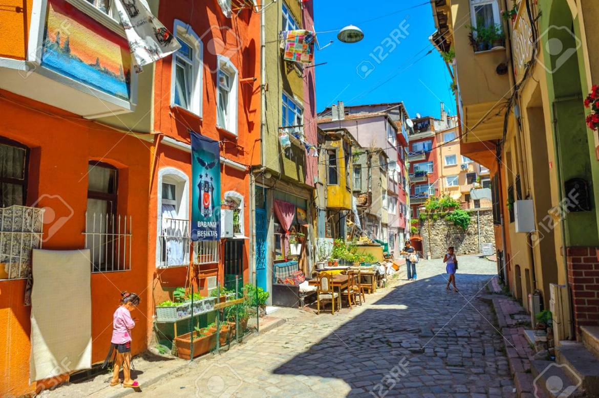 Turkey, Istanbul, 2017 - Everyday Life On The Street Of The Old.. Stock  Photo, Picture And Royalty Free Image. Image 88819828.