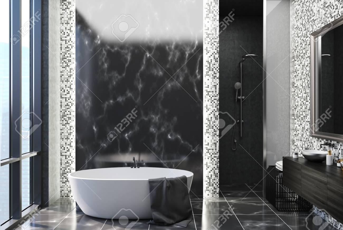 interieur de salle de bain en marbre noir et carrelage gris avec un sol en marbre noir une grande fenetre une baignoire blanche et un lavabo rond