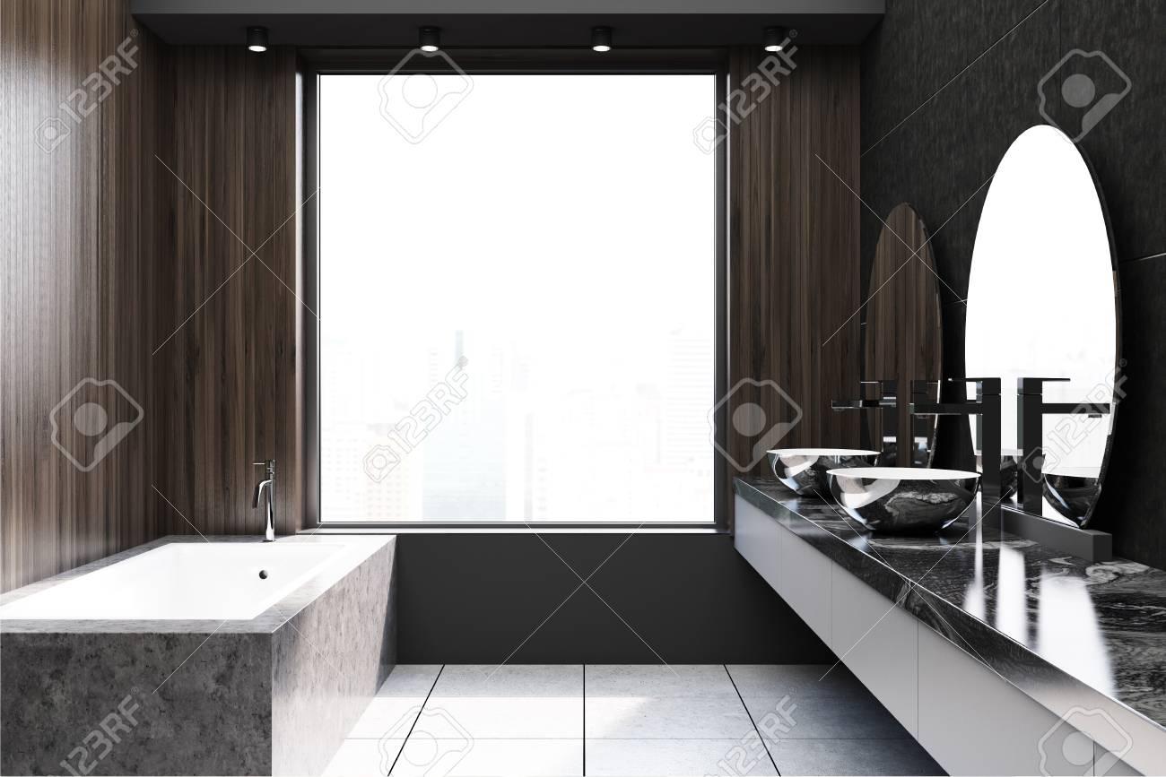 idee de decoration de salle de bain en bois fonce moderne un sol carrele une large fenetre une baignoire en marbre et un lavabo double avec deux