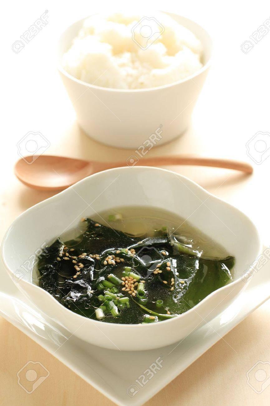 Risultati immagini per immagine zuppa di alghe wakame