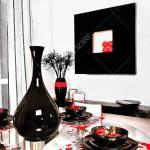 Es Ist Eine Glanzende Schwarze Vase Umgeben Von Schwarzen Tassen Und Geschirr Wahrscheinlich Aus Keramik Es Gibt Schone Rote Farbdekorationen Um Geschirr Es Gibt Einen Kleinen Schwarzen Tisch Oder Ein Regal Das