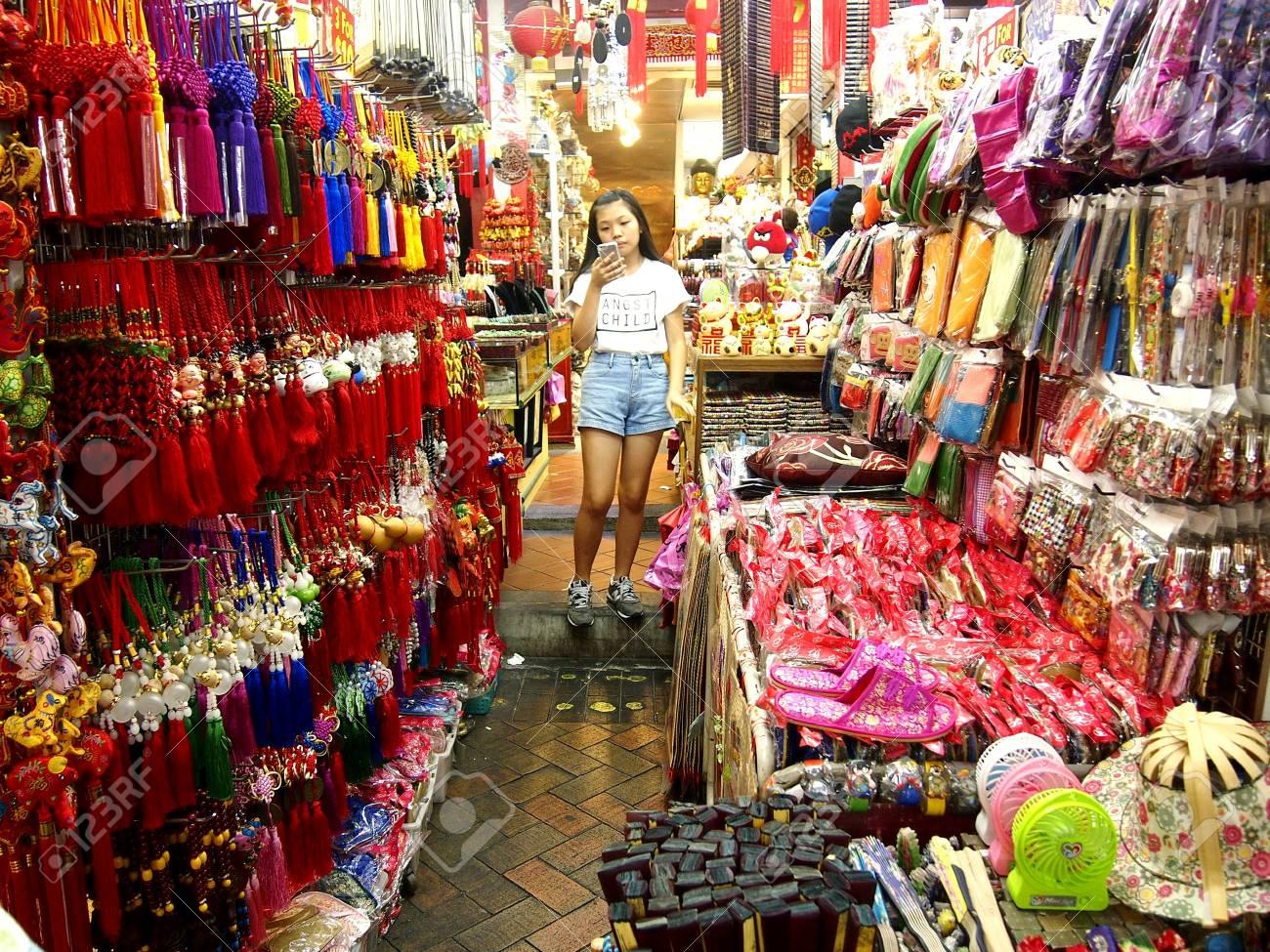 boutiques et magasins dans le quartier chinois a singapour en asie