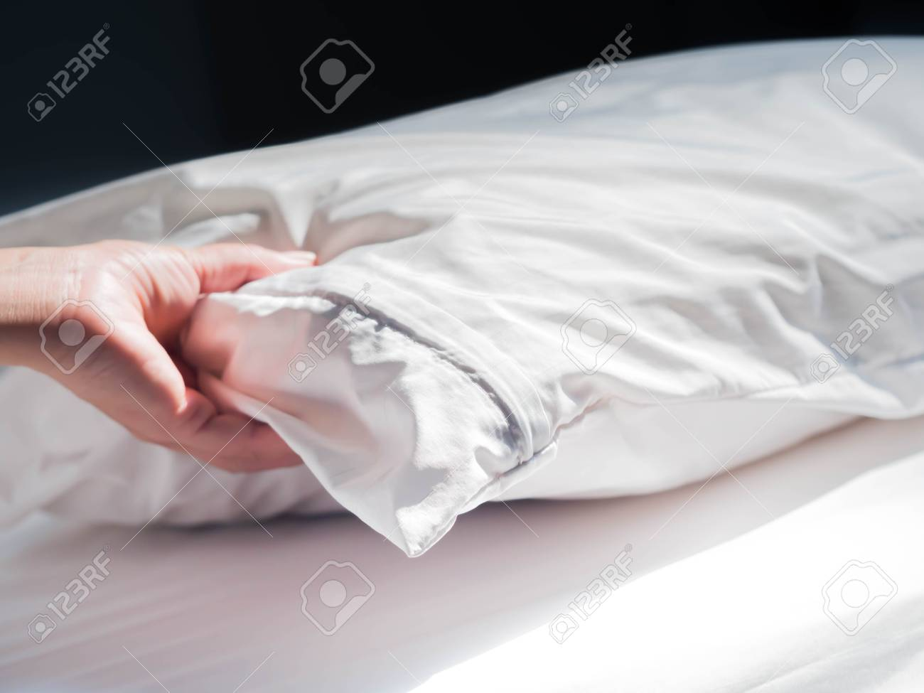 https www 123rf com photo 96042778 using zippered dust mites pillow covers is the easiest and fastest way to protect your allergy html