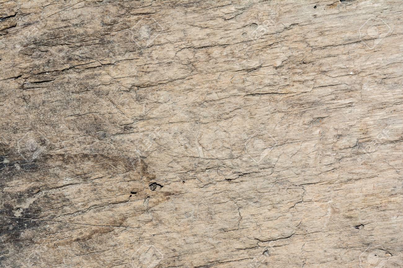bois texture tres vieux chene le bois brut n est pas uniforme contient des fissures et a ete soumis a une exploitation a long terme
