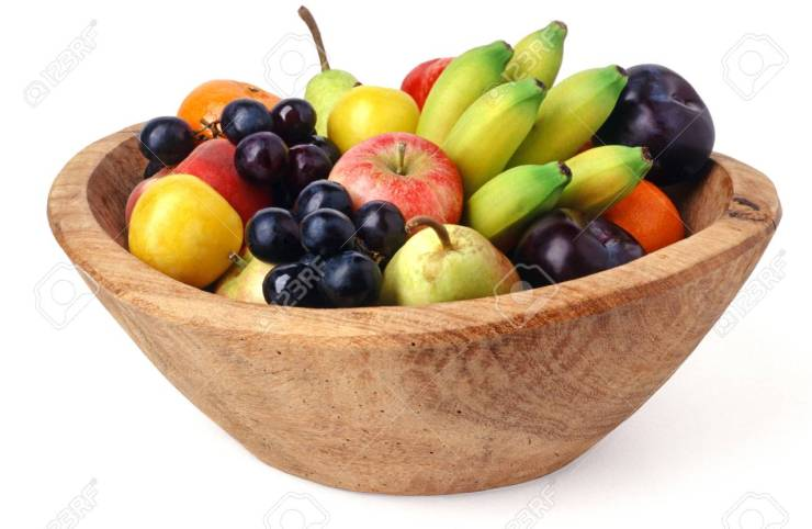 81650686 wooden fruit bowl isolated over white background