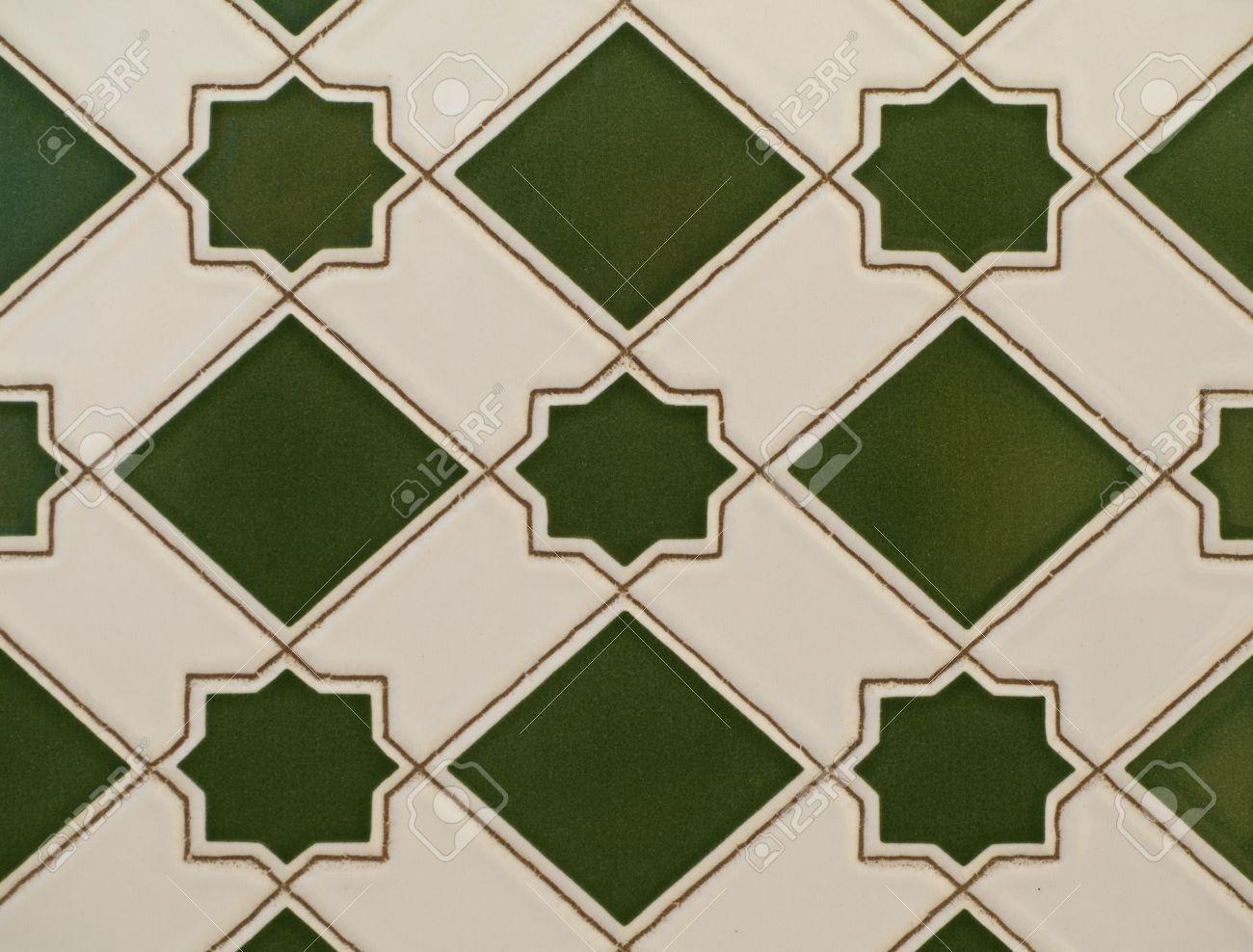 ceramique motif carrelage mural en vert et blanc