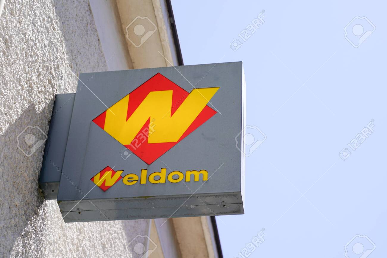 https www 123rf com photo 154049489 bordeaux aquitaine france 08 16 2020 weldom store french brand of diy store with w logo text and sig html