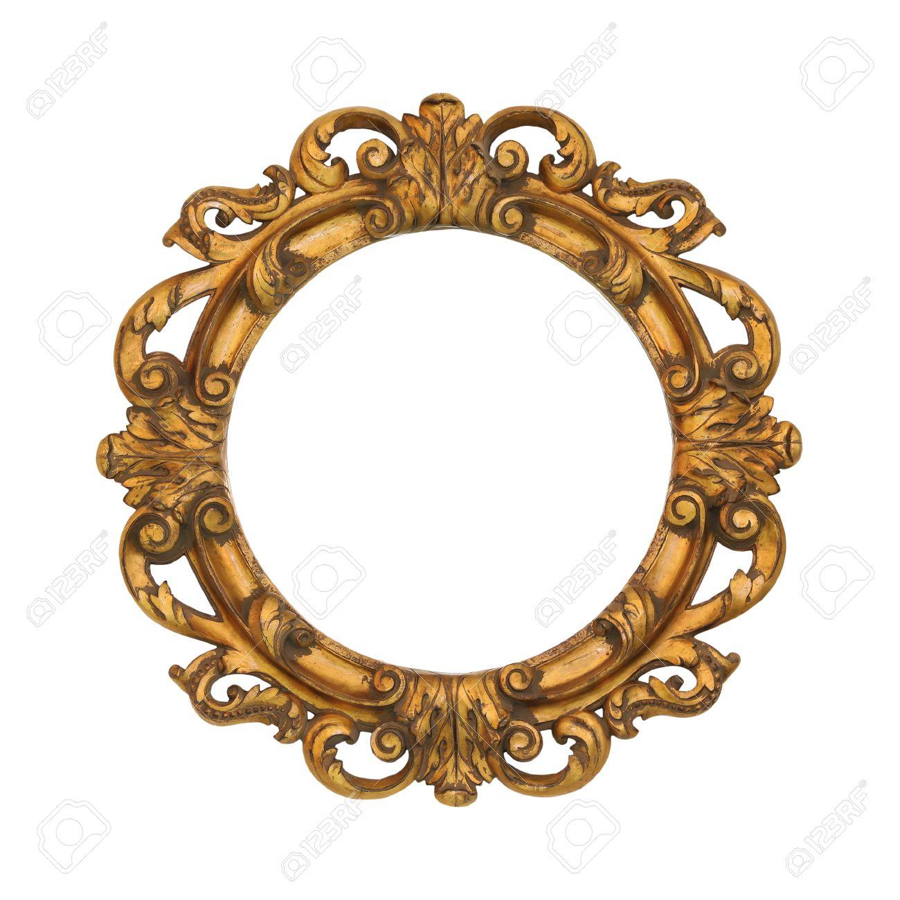 cadre ovale de style baroque d or isolee avec chemin de detourage inclus