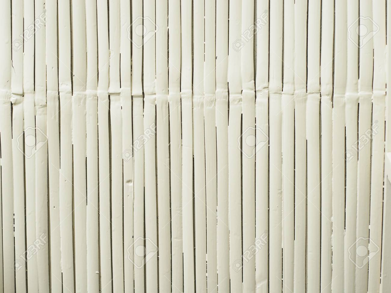 tapis de bambou blanc comme motif de texture de fond raye