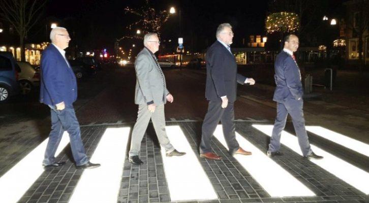 Svetleća zebra: U Holandiji uvedeni pešački prelazi koji osvetljavaju pešake