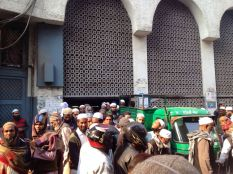 exploring the muslim quarter elhi Nizamuddin