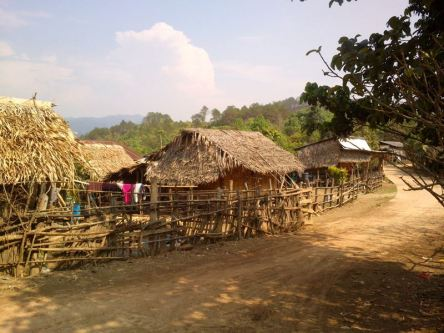 Karen-hilltribe-village045