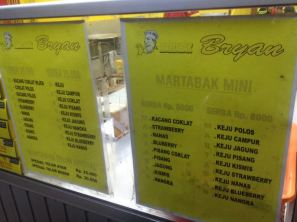 return to the martabak stand :)