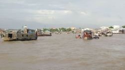 ..floating market