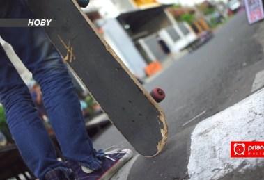Skateboard Olahraga Ekstrim yang Menyenangkan