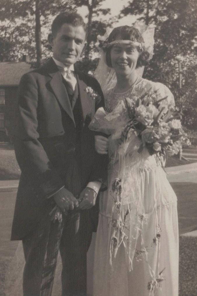 Harold Harber Warner and Helen Price wedding photo