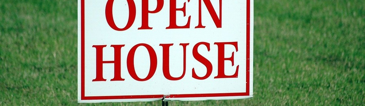 The open house sign you will use once you decide to stage your Houston home.