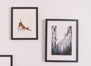 Artwork on the wall. If you want something like this, well, find the best way to display artwork in your home.