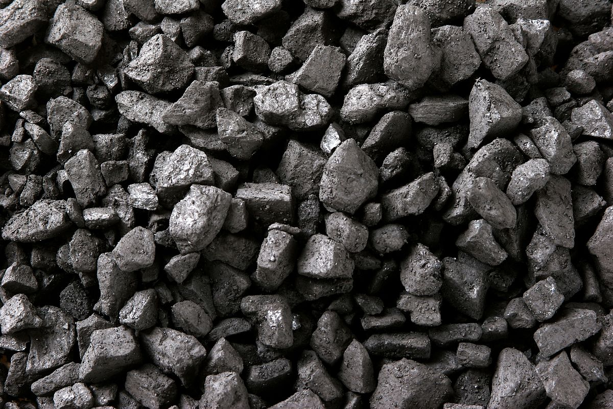 One Year On, Trump is Losing the Battle over Coal - Oil Change International