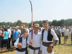 Milosav Stevanović učestvuje po 35. put, a društvo mu prave unuk i praunuk Stevan Stevanović iz Garaša i Aleksa Dobričić iz Aranđelovca
