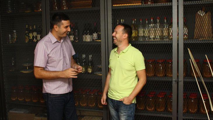 Zoran i Ilija, Rakija uglavnom_1024x576