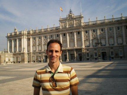 Na jednoj od tura ispred Kraljevske palate u Madridu