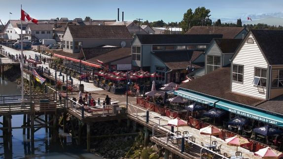 steveston-wharf-_-photo-credit_-visitrichmondbc-com_