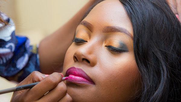 Application Tips For Dark Skin Beauties