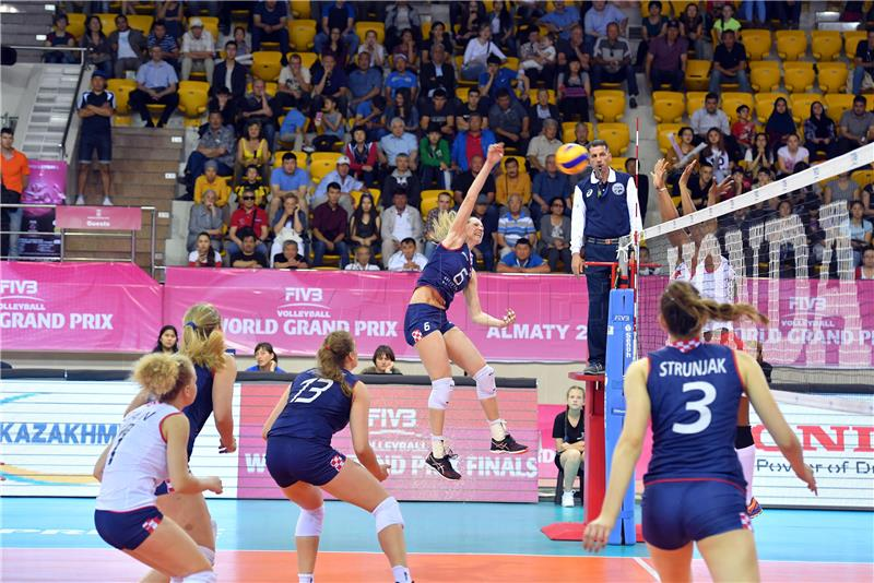 Hrvatske odbojkašice osvojile srebro u finalu Zlatne europske lige