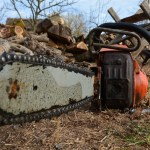 KOD KRIŽEVACA 47-godišnjak motornom pilom zarezao nogu 52-godišnjaku
