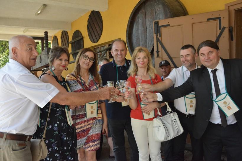 [FOTO/VIDEO] Održana 6. izložba vina Kalničkih goric // Šampion izložbe Pinot sivi Vinarije Šafran iz Brezničkog Huma