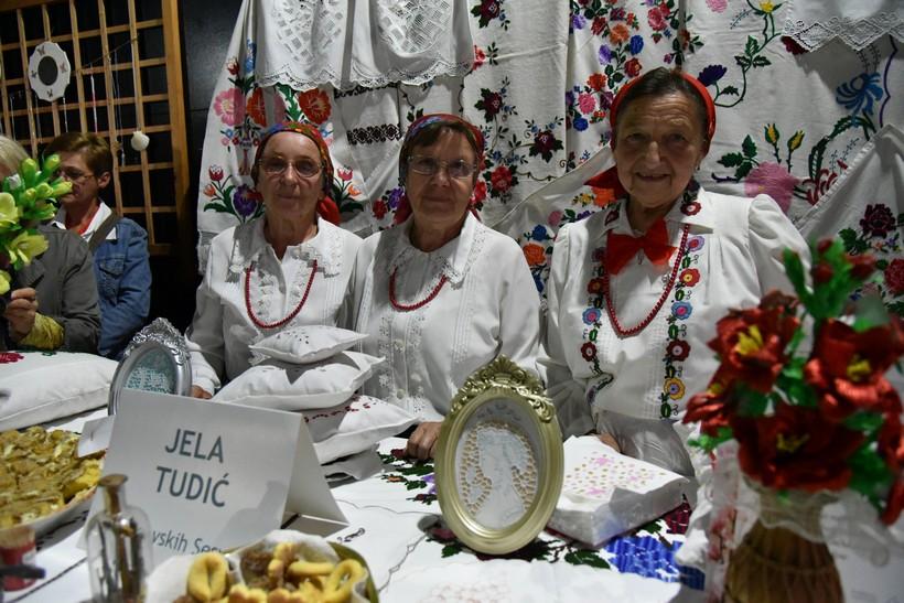 [FOTO/VIDEO] Festival žena iz ruralnih područja Koprivničko-križevačke županije predstavio 11 izvanrednih žena