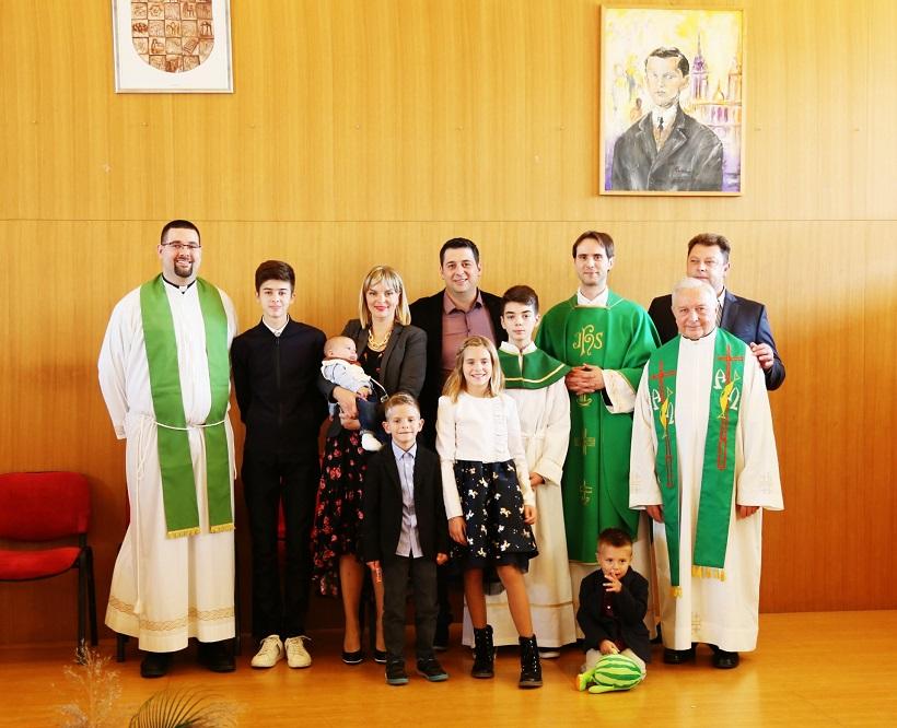Kršteno šesto dijete u obitelji Bošković