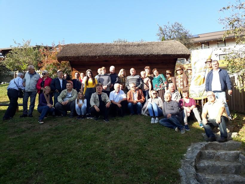 [FOTO] Pčelarska udruga Lipa Koprivnica posjetila je svoje kolege u Sloveniji