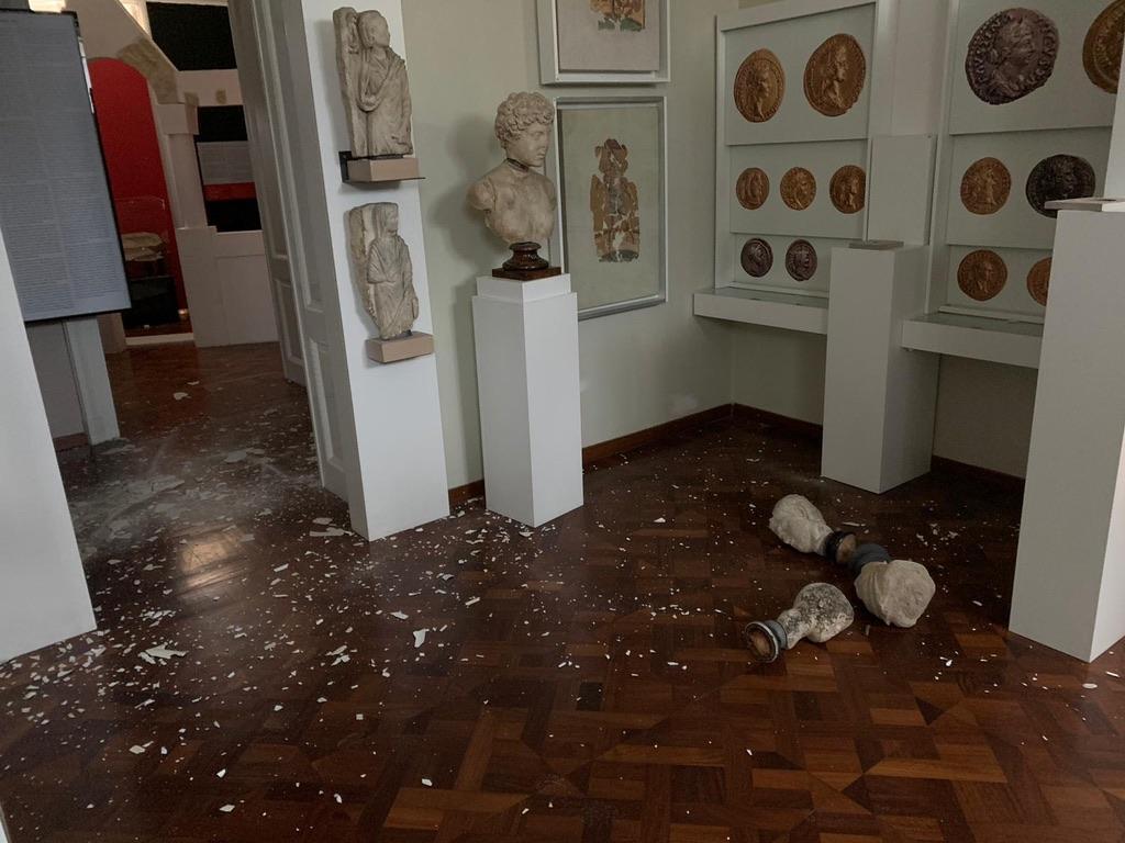 Arheološki muzej u Zagrebu pretrpio oštećenja zgrade i teža oštećenja stalnog postava