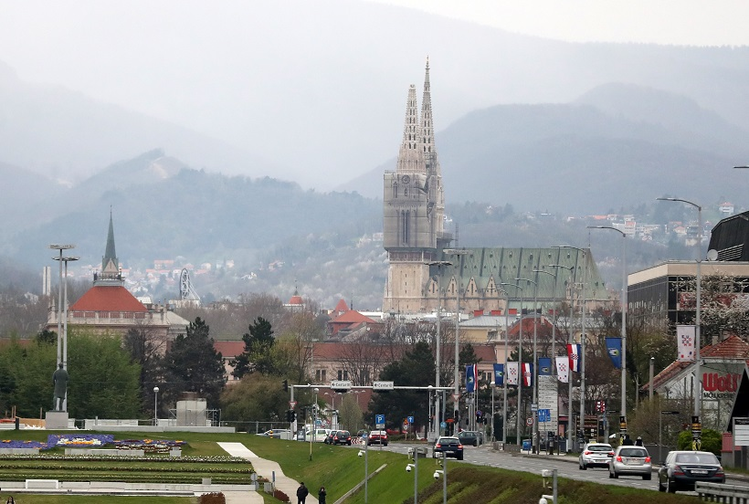 Potres oštetio i Zagrebačku katedralu