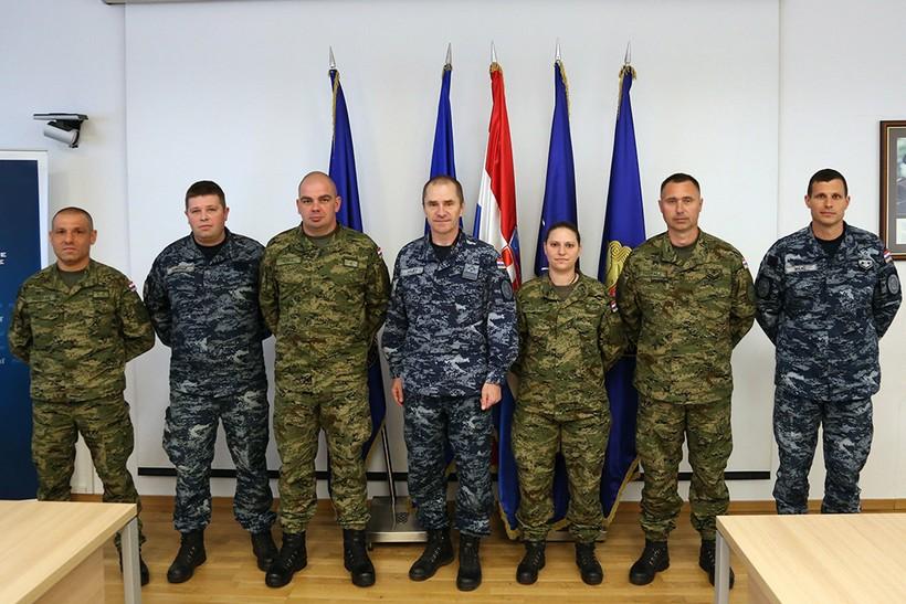 🖼️ Ovo su naši najbolji vojnici i dočasnici u prva tri mjeseca ove godine