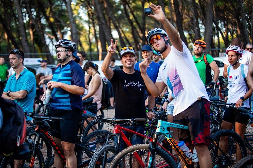 Na biciklima prosvjedovali protiv automobila