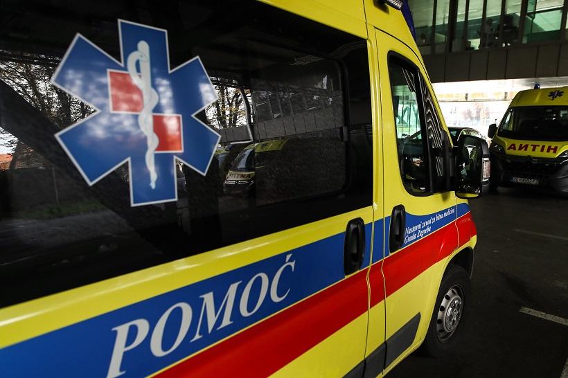 PLANUO GUMENJAK Muškarac koji je popravljao motor zadobio opekline, hitno je prevezen u bolnicu