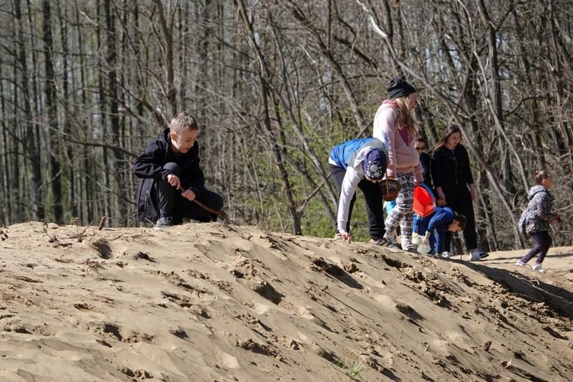 Đurđevački mališani uživali u Lovu na uskršnja jaja