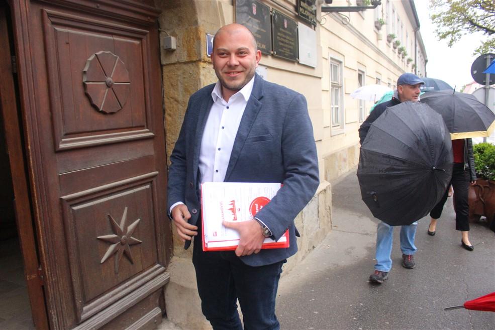 marko katanovic predaja kandidature - 04