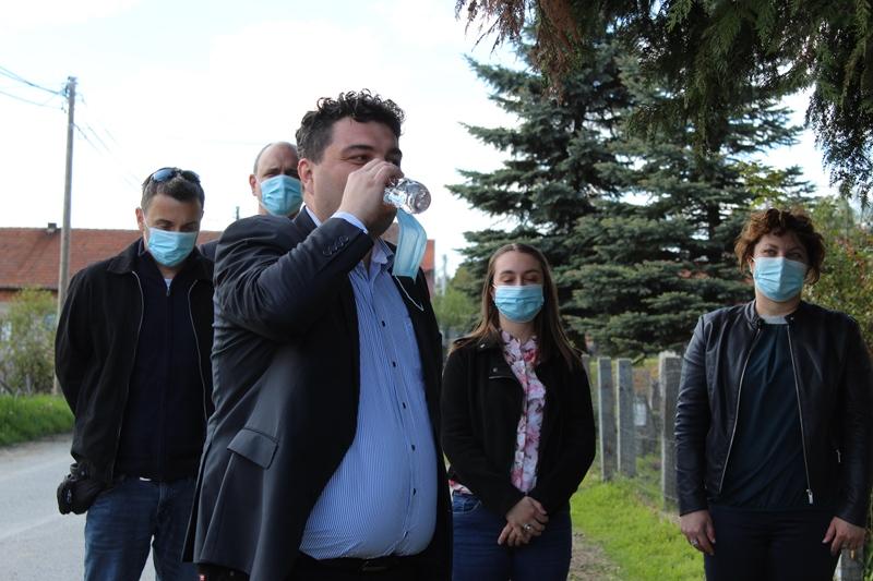 Riješen dugogodišnji problem vodoopskrbe naselja Apatovec; Gradonačelnik Rajn: Svoje obećanje sam ispunio na radost svih mještana