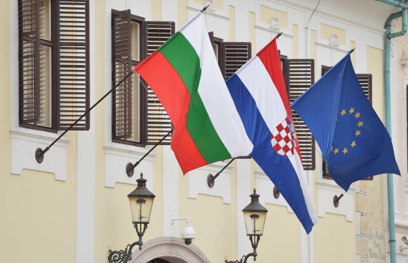 Trgovac na zagrebačkom placu i taksist napali dvoje Bugara