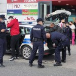 Prijetili bombom, policija ih privela