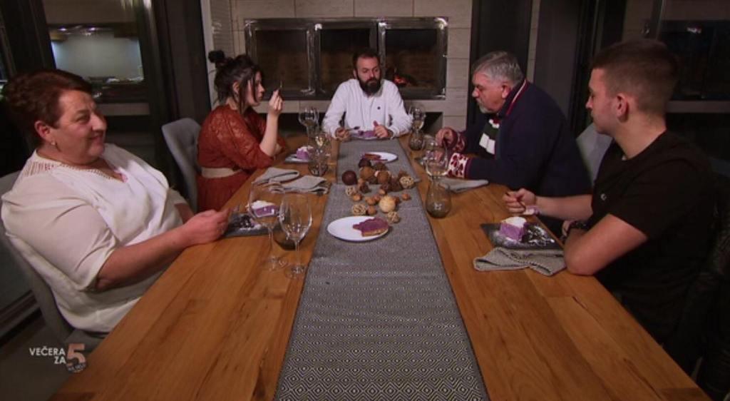 Svenovu ukusnu večeru s dvije desetke zasjenili Božidarovi komentari: 'Stalno je pričao, domaćin nije mogao doći do izražaja!'