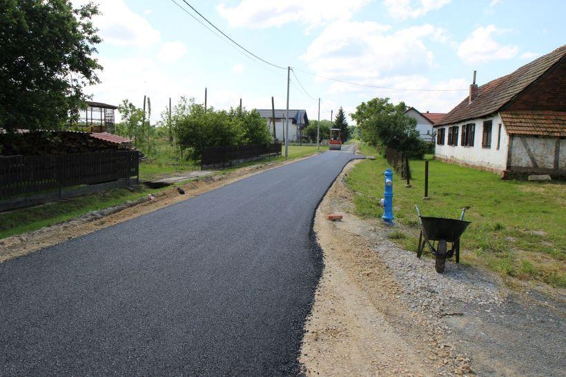 asfaltiranje u konaku