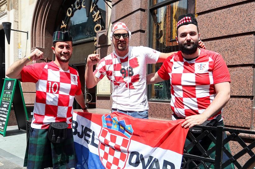 Hrvatski navijači u Glasgowu s optimizmom čekaju nogometni rasplet u skupini