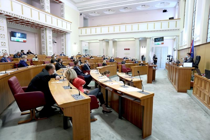 Sabor većinom glasova usvojio kadrovska rješenja